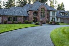 Casa moderna in estate fotografie stock