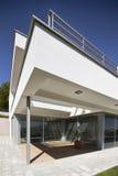 Casa moderna hermosa Imágenes de archivo libres de regalías