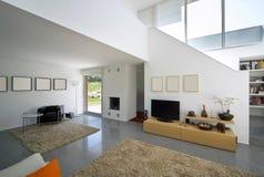 Casa moderna interior del ladrillo Foto de archivo