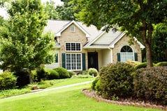 Casa moderna/paesaggio fronte Fotografie Stock