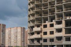 Casa monolítica sob a construção imagens de stock royalty free