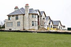 Casa Multi-million sob o contra Foto de Stock Royalty Free