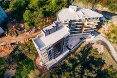 Casa multipiana sul mare Architettura montenegrina Es reale Fotografia Stock