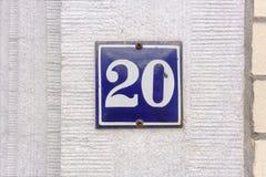 Casa número esmaltada 20 Fotografía de archivo