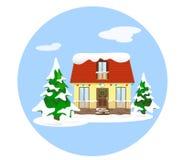 Casa na neve entre os abetos decorados com lanternas e uma grinalda para os feriados do Natal ao estilo do plano Ilustração do Vetor