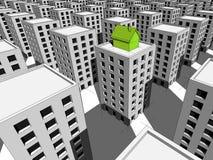 Casa na parte superior do bloco de apartamentos Imagem de Stock