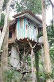 Casa na árvore moderna Imagem de Stock Royalty Free