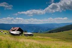 Casa nas montanhas Fotografia de Stock Royalty Free