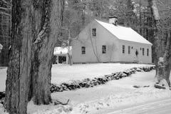 Casa nella neve fotografia stock