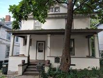 Casa neocolonialista nel distretto storico di Sioux Falls immagine stock libera da diritti