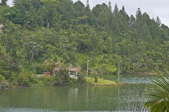 Casa no lago Carite, Porto Rico Fotos de Stock Royalty Free