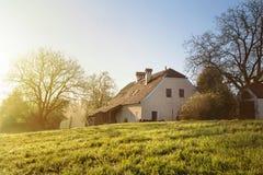 Casa no país Imagens de Stock