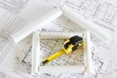 A casa no plano da construção fotografia de stock royalty free
