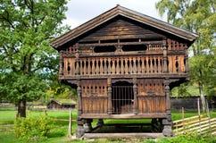 Casa norueguesa tradicional Fotos de Stock Royalty Free