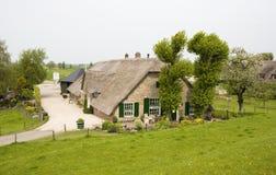 Casa olandese dell'azienda agricola Fotografia Stock Libera da Diritti
