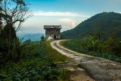 Casa olvidada en el extremo del camino, higlands de Cameron, Malasia julio de 2015 Imagen de archivo