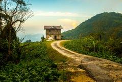 Casa olvidada en el extremo del camino, higlands de Cameron, Malasia july15 Fotos de archivo libres de regalías