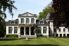 Casa Oranjewoud della proprietà terriera immagini stock libere da diritti