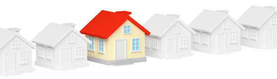 Casa original colorida engraçada na fileira de casas cinzentas Fotografia de Stock Royalty Free