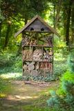 Casa para los insectos en el parque dendrological de Bazosu Nou imagen de archivo libre de regalías