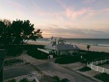 Casa pela costa Foto de Stock