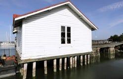 Casa peraltada Imagen de archivo