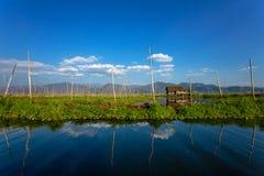 Casa peraltada en el lago Inle Imagen de archivo libre de regalías