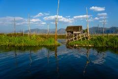 Casa peraltada en el lago Inle Imagen de archivo
