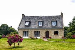 Casa perto de Lanvallay Foto de Stock Royalty Free