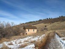Casa pioneira em montanhas rochosas de Colorado Fotos de Stock Royalty Free