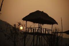 Casa pobre la India del pueblo rural Fotos de archivo libres de regalías