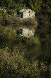 Casa por el lago Skadar Fotografía de archivo libre de regalías