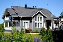 Casa privada escandinava Fotografía de archivo libre de regalías