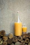 Casa prodotta pane bere - kvas Immagine Stock