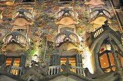 Casa przy noc Batllo Obrazy Stock