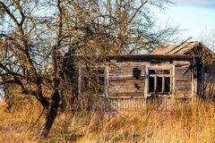 Casa putrefacta abandonada imágenes de archivo libres de regalías