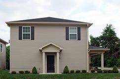 A casa quadrada com inclina-se Fotos de Stock