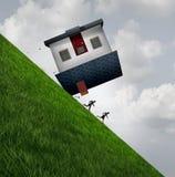 Casa que lança o perigo Fotos de Stock