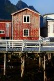 Casa rústica roja foto de archivo