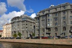 Casa rentable Vege construido por el arquitecto Ovsyannikov en c a principios de siglo 20 Canal de Kryukov imagenes de archivo