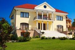 Casa residencial Imagem de Stock Royalty Free