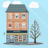 Casa retra con la tienda de libros Foto de archivo