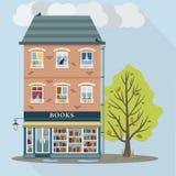 Casa retra con la tienda de libros Fotografía de archivo