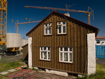 Casa Reykjavik de Brown imagem de stock royalty free
