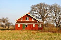 Casa roja Imágenes de archivo libres de regalías