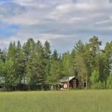 Casa roja en Norrbotten Imágenes de archivo libres de regalías