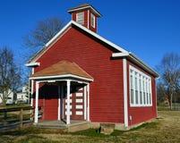 Casa roja vieja de la escuela Fotografía de archivo libre de regalías