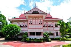 Casa rosada de Wongburi Foto de archivo libre de regalías