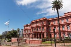 Casa Rosada Plaza de Majo στο Μπουένος Άιρες με τον τουρίστα στο s Στοκ Εικόνα