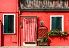 Casa rossa su Burano Immagini Stock